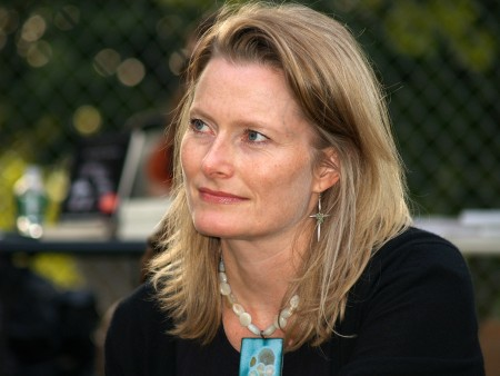 Black Boxes: On Reading Jennifer Egan's Twitter Story --- Bruce Stone
