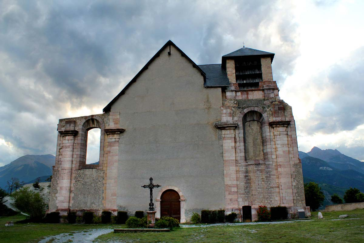 ChurchmontDauphinweb